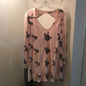Dresses & Skirts - Free people pink roses dress!